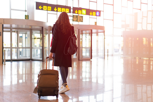 HOW TO CHOOSE THE BEST CARRY ON BAG